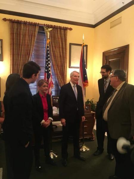 Joshua Bowen, Felicia Otte, Francesca Leass, Senator Rob Portman, Milan Karna, and Bill Hamilton